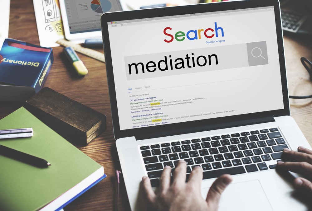 Person searching Mediation on search engine